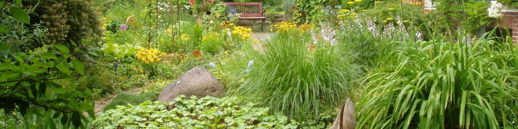 In der Gartenberatung werden Ihnen Möglichkeiten der Bepflanzung vorgestellt.